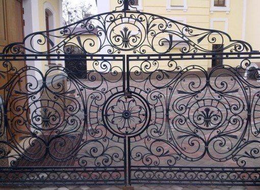 dekorativnyj zabor Кованые заборы для частного дома