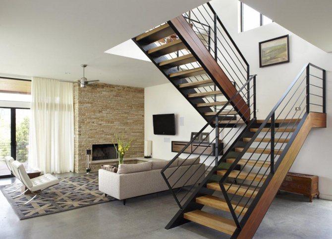 dr7 Украшение вашего интерьера: лестница с поворотом