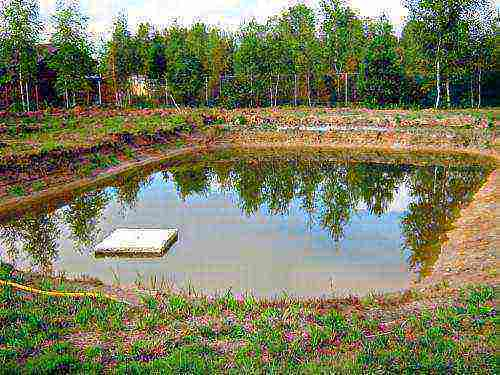 kak otvesti verhovodku ot fundamenta Как обеспечить отвод воды от фундамента дома?