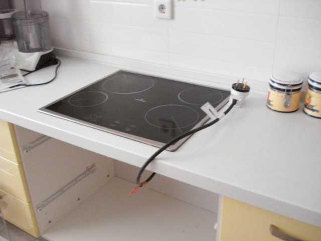 kak podklyuchit k elektroseti varochnuyu panel elektrolyuks Подключение варочной панели бош к электросети самостоятельно
