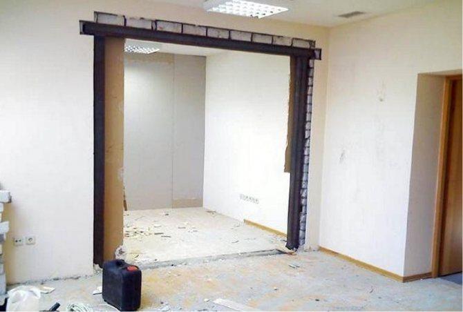 kak umenshit dvernoj proem po vysote i shirine Как при помощи гипсокартона сузить дверной проем?