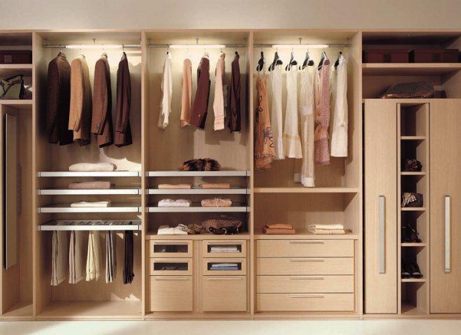 malenkaya garderobnaya Оформление гардеробной комнаты размером 4 кв м, фото вариантов