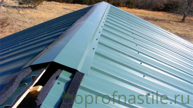 montazh konka profnastila Как крыть металлочерепицу на крышу четырехскатную?