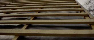 obreshetka pod metallocherepicu 1024x768 1 Как покрыть крышу металлочерепицей своими руками: наши рекомендации
