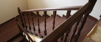 obshivka betonnoj lestnicy derevom Отделка ступеней бетонной лестницы массивом из дерева