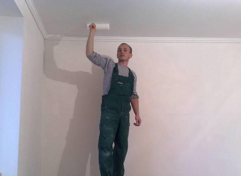 okraska potolka vodoemulsionkoj Покраска потолка водоэмульсионной краской: инструкция и рекомендации