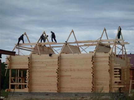 stroitelstvo domov Дом из дерева. Что выбрать для строительства, профилированный брус или оцилиндрованное бревно.